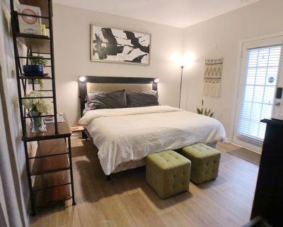 Sleep Like A King: Newly Renovated Guest Suite - Smyrna