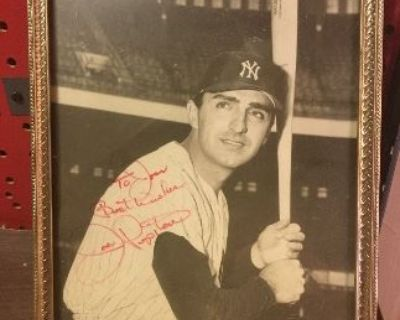 Estate Sale featuring yankee items and Beatles