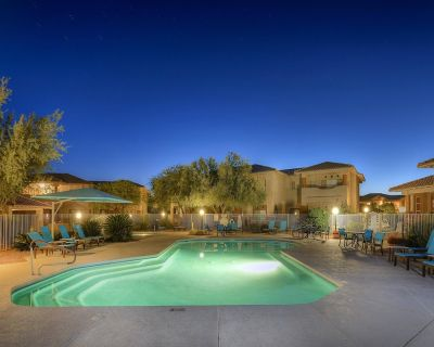 Comfortable Oro Valley condo w/ furnished balcony, shared pool, & hot tub - Rancho Vistoso