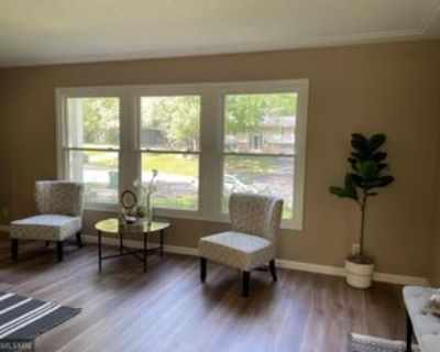 3340 Vagabond Ln N, Plymouth, MN 55447 4 Bedroom Apartment