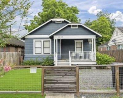 1205 Morris St #1, Houston, TX 77009 3 Bedroom Apartment