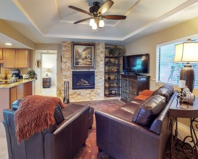 Dog-friendly & remodeled condo w/shared pool, hot tub and tennis - Catalina Foothills