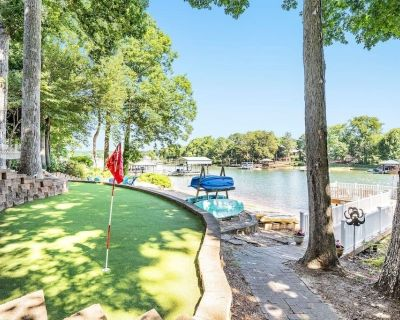 Memories on Malibu - Family friendly lake front retreat with optional pontoon rental - Mooresville