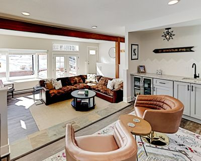 Elegant Mountain Retreat | Upscale Kitchen, Heated Floors, Fireplace, Hot Tub - Eagle-Vail