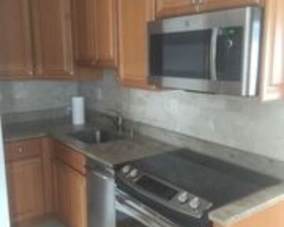 58 58 N Main St 3S, Chalfont, PA 18914 2 Bedroom Apartment