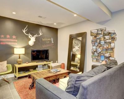 2 bedroom apt - sleeps 6 - close to all that DC offers - Petworth