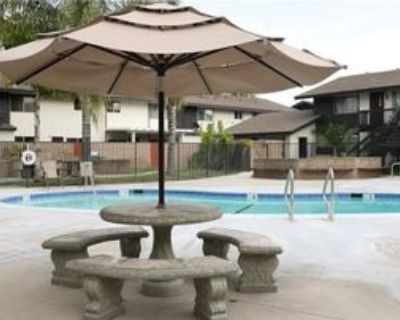 7100 Cerritos Ave #13, Stanton, CA 90680 1 Bedroom Condo