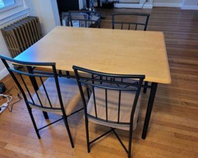 Stylish 5 piece dining table set