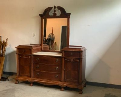 Coastal Downsizing April Online Consignment Auction