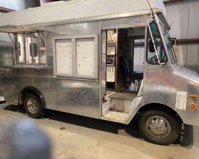 1987 Grumans Chevy Food Truck - Gruman / Chevy / 1987