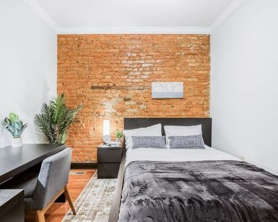 Furnished Private Queen Room in Bloomingdale#228 C