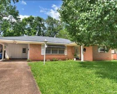 514 Mockingbird Ln #1, Shreveport, LA 71105 3 Bedroom Apartment