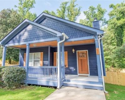 Cozy Retreat Entire Home Minutes From Downtown - Westview
