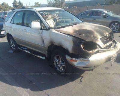 Salvage White 2000 Lexus Rx 300