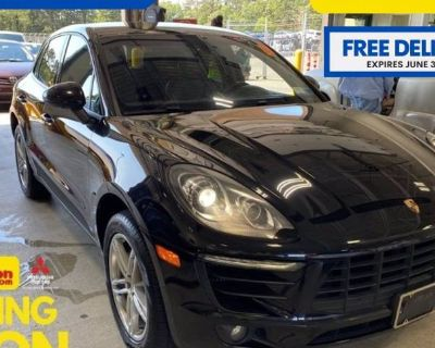 2015 Porsche Macan S