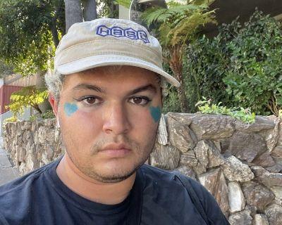 UCLA Student Seeking Housing