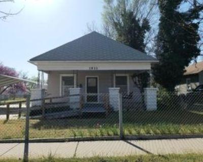 1933 S Palisade Ave #1, Wichita, KS 67213 2 Bedroom Apartment