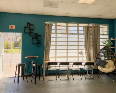Work Space @FORM SoMa