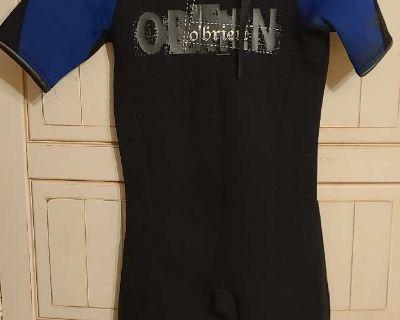 Mens wetsuit (S) & 2 pair fins (size s)