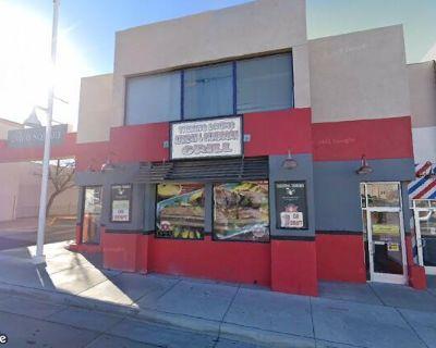 UNM Area Office Space - Davis Square
