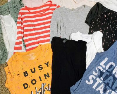 Women's lg and X large clothing lot