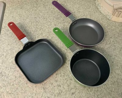 3 piece MainStays Non-stick Mini Cookware NEW ! See additional pics!