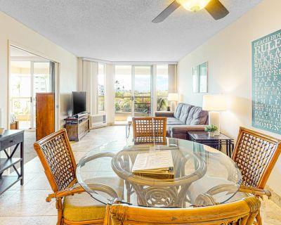 Fourth Floor Condo With Shared Pool and High-speed Wifi - Snowbird Friendly! - Kihei