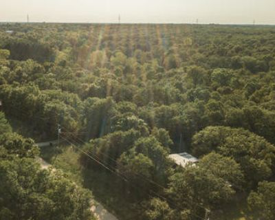 2.2 Acres for Sale in Newalla, OK