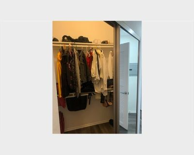 Room for rent in Kingswell Avenue, Central LA - FURNISHED ROOM FOR RENT.!! TEXT ME (213) 670-7125