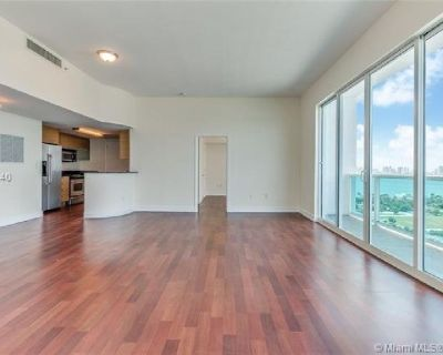 Miami Beach: 1/1.5 Pet-friendly apartment (79 th St.., 33141)