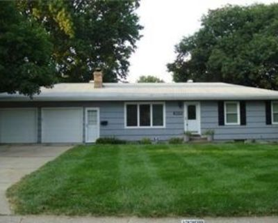 12208 E 53rd St, Kansas City, MO 64133 3 Bedroom House