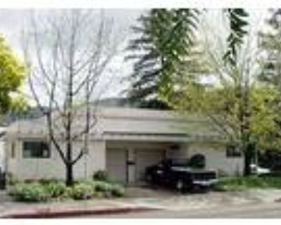 San Luis Obispo, A well-located studio duplex