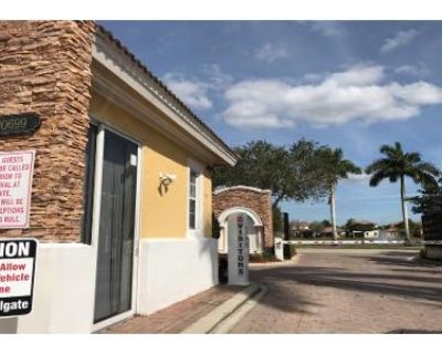 5 Bed 3 Bath Preforeclosure Property in Estero, FL 33928 - Southgolden Elm Dr