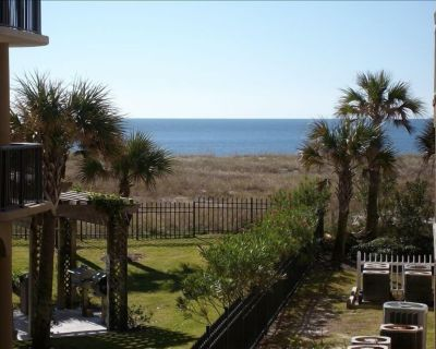 Summertime is here! Beaches are open. Book to reserve your beach ! - Orange Beach