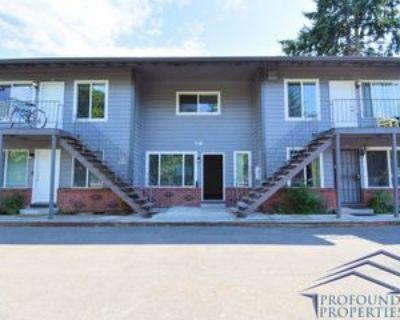 706 706 NE 99th Avenue - 14, Portland, OR 97220 2 Bedroom Apartment