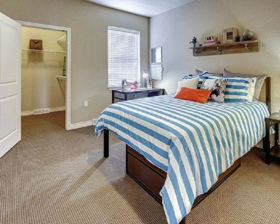 1 Br Fully Furnished with Private Washroom