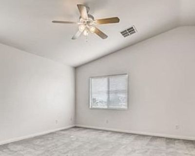 Private room with own bathroom - Las Vegas , NV 89115