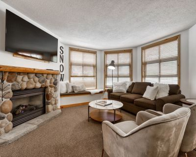 Ski in ski out home, steps away from village! - Sun Peaks