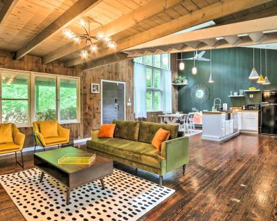 New! Whimsical Cottage in Washington w/ Fire Pit! - New Preston