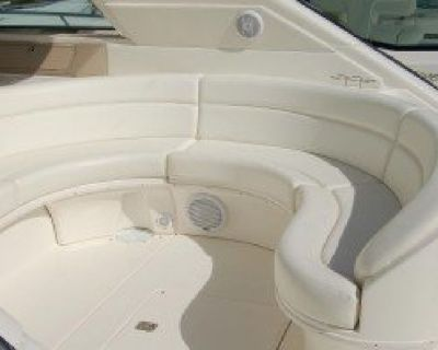 Buy Custom Cushions and Upholstery for Boats in Miami