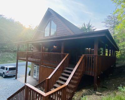Cozy Bear Cabin 3/3 near Gatlinburg & Smoky Mtns - Sevierville