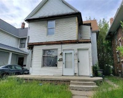 4 Bed 2 Bath Foreclosure Property in Toledo, OH 43607 - Woodland Ave
