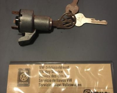 NOS Ty1 Ignition Switch with 3 Huf keys