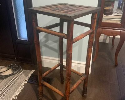Rattan plant stand / tall table