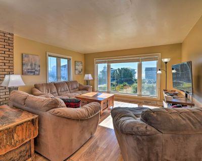 'East of the Sun' Beachside Apartment w/ Deck! - Emerald Isle