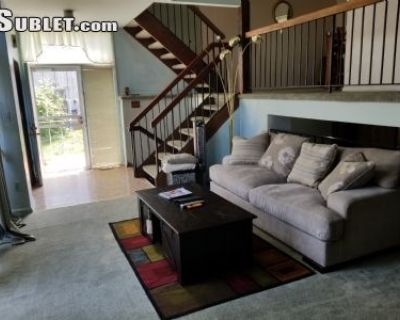 $1100 1 single-family home in Northeast