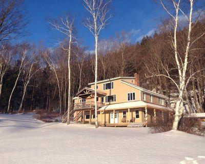 Amazing views, Sledding on property, Town 1 Mile.Mount Snow 8 Miles - Wilmington