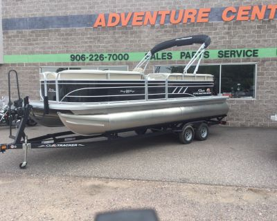 2021 Sun Tracker Party Barge 22 DLX Pontoon Boats Marquette, MI