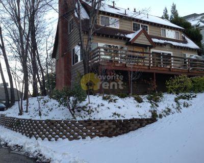 3 bedroom house 1.4 mi to Lake Arrowhead center