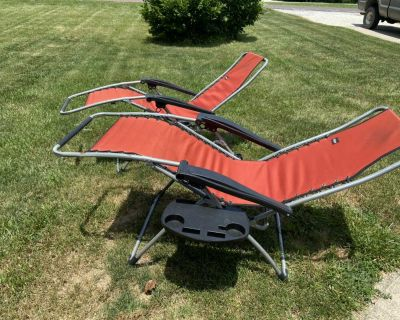 Camping chairs with drink tray
